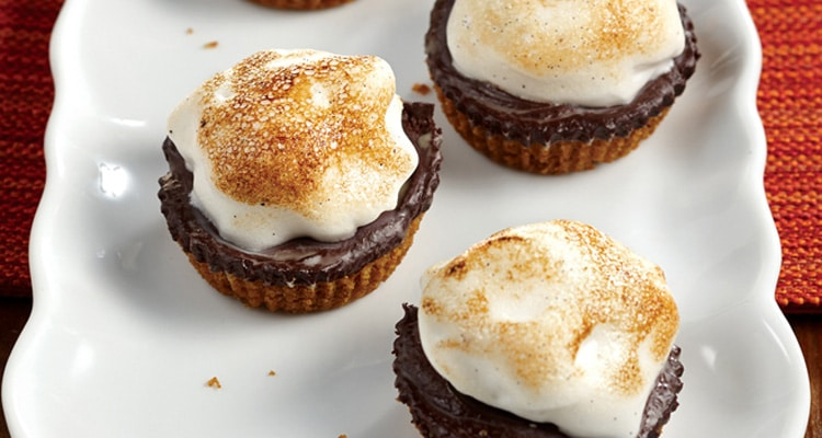 S'mores Cups Made With Aquafaba