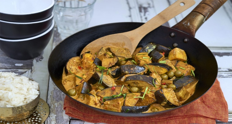 Stir Fried Aubergines with Yellow Curry