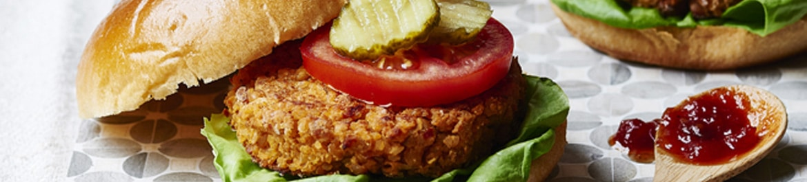 Veggie Burgers with Chickpeas and Tomato Chutney