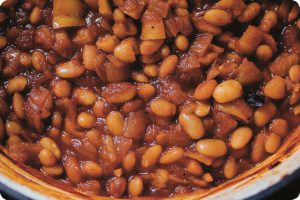 smoky maple baked beans