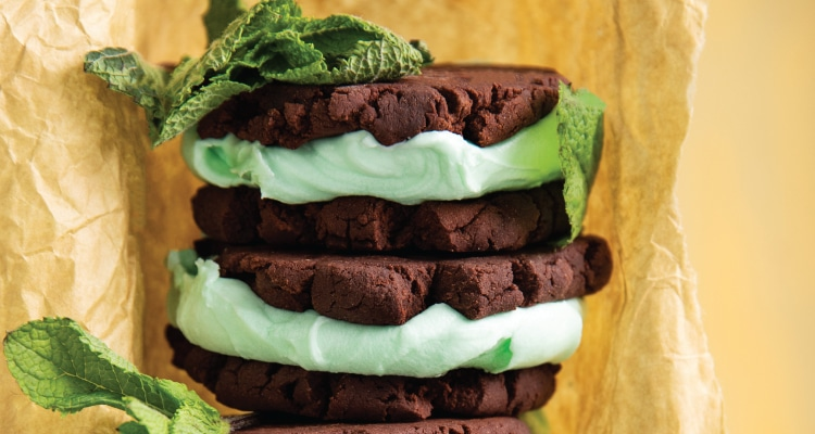 Mint Choc Chip Sandwich Cookies