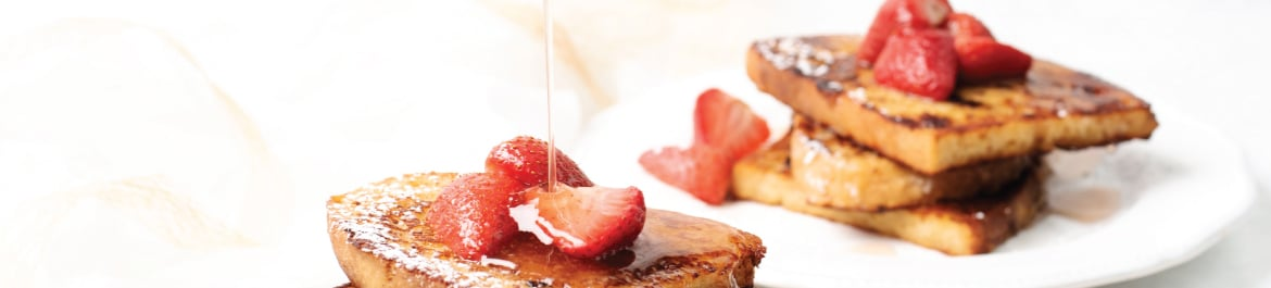 rench Toast with Poached Strawberries